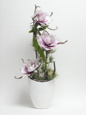Biela váza+penové kvety