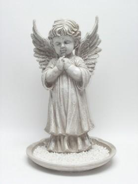 Anjel na podstavci